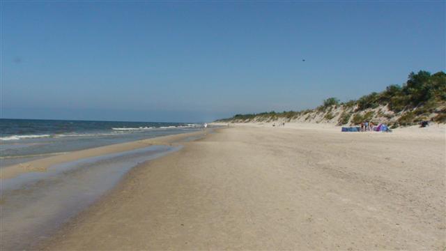 Plaża. Tylko my, piasek, morze i wydmy.