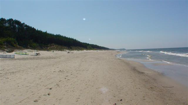 Plaża. Niewiarygodne, ale tu nie ma ludzi.