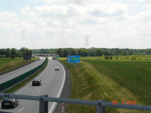 Przejazd nad A4 w okolicy Kostomłotów