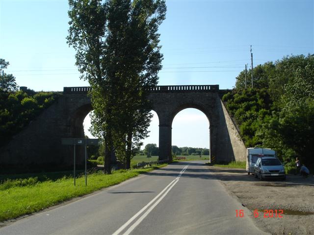 Efektowny wiadukt koło Ząbkowic