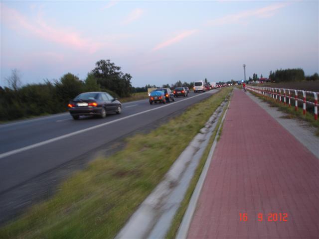 Korek przy wjeździe do Wrocławia, a my jedziemy :)