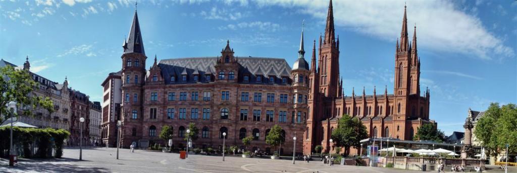 Wiesbaden. Kliknij, aby wyświetlić panoramę.